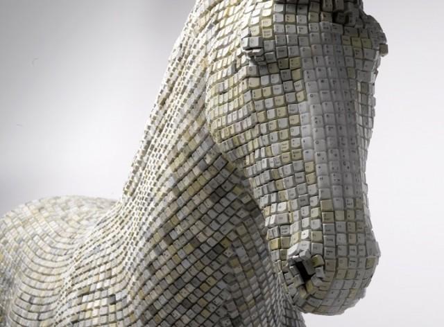 tamsin allen creative art horse made of computer keys by babis