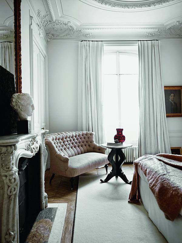 Parisian_Apartment_of_Gilles_and_Boissier_afflante_com_7